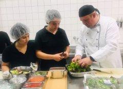 Salatproduktion.jpg